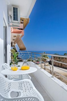 Enjoy your stay in Crete, in beautiful #family apartments with great #sea views! The 3-bedroom Harbor Apartment in Chania awaits for your #summer holidays! #crete #holidays #chania #sun #beach #TheHotelgr