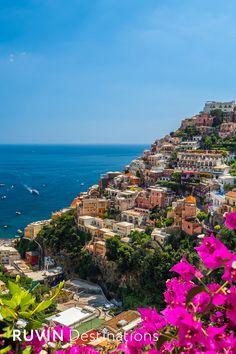 Positano |Italy #ruvindestinations #ruvin #positano #italy © Balate Dorin/shutterstock.com Positano Italy, Sorrento Italy, Capri Italy, Naples Italy, Sicily Italy, Toscana Italy, Tuscany, Places To Travel, Places To Visit