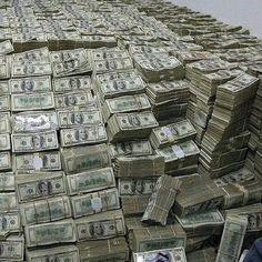 Mo Money, Lots Of Money, Extra Money, Money Girl, Money Box, Photographie New York, Make Money Online, How To Make Money, Money On My Mind