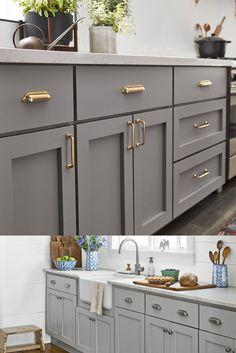 Gold Kitchen Hardware, Brass Kitchen Handles, Kitchen Cabinets Knobs And Pulls, Gold Cabinet Hardware, Kitchen Drawer Pulls, Kitchen Cabinet Drawers, Drawer Knobs, Home Decor Kitchen, Interior Design Kitchen