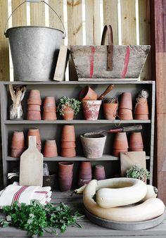 Gardenista Garden Shed Kara Roselund Love Garden, Dream Garden, Garden Pots, Garden Items, Unique Gardens, Beautiful Gardens, Pot Storage, Potting Tables, Potting Sheds