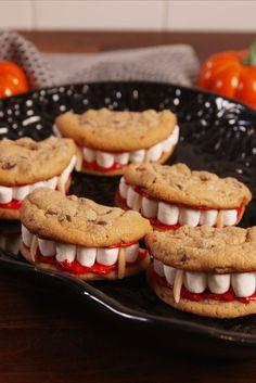 Halloween Appetizers For Adults, Comida De Halloween Ideas, Halloween Fingerfood, Postres Halloween, Dessert Halloween, Appetizers For Kids, Fete Halloween, Halloween Food For Party, Halloween Cookies