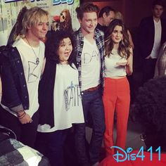 Ahhh I've seen the Pics already and Let's Just say I freaking died Because First Ross Raini and Calum Took white shirts and wrote Bad Hair Day on it Screwed up their hair and wore that to the Premeire  and Then There was A Good about Of Raura Parts so that mostly   killed me