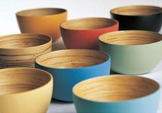 The bambu lacquerware collection will let your desire of being friendly to the environment come into reality. They have the funkiest and environment friendly bowls made from bamboo. Bamboo Furniture, Bowl Designs, Modern Tropical, Cold Meals, Kitchen Supplies, Wooden Bowls, Japanese Design, Retail Shop, Salad Bowls