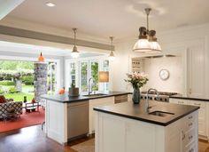 plan-de-travail-en-granit-noir-ilot-central-cuisine-ouverte-decoration