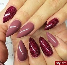 There are three kinds of fake nails which all come from the family of plastics. Acrylic nails are a liquid and powder mix. They are mixed in front of you and then they are brushed onto your nails and shaped. These nails are air dried. Gorgeous Nails, Pretty Nails, Perfect Nails, Red Nails, Hair And Nails, Fall Nails, Matte Nails, Winter Nails, Dark Pink Nails