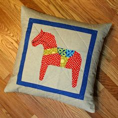 A Quilter's Table: Pillowy