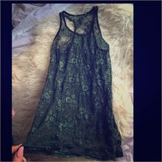Sz.M Hunter Green Lace tank blouse Pre loved Sz.M Hunter Green Lace tank blouse. See through put you can pair it with a beige, black, white, green tank and it will look perf. Tops Tank Tops