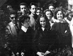 Η Αλίκη αληθινή μαθήτρια Bright Stars, Che Guevara, Greece, Cinema, Actors, Film, Retro, Celebrities, Vintage