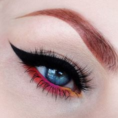 Dramatic cat eye and sunset #eyes #eye #makeup #eyeshadow #bold #dramatic