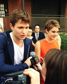 Shansel! (I can't chose between Sheo or Shansel...)----whaaaat? Are you crazy? SHEO ALL THE WAY. They be looking like siblings in this pic and guess what they are in Divergent