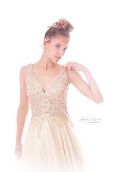 Eléonore Pignet Studio PhotoYvelines avec une robe Faust