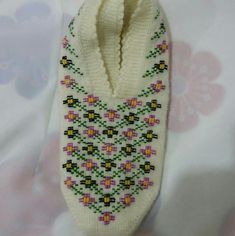 Floral Tie, Crochet Patterns, Booty, Ftm, Slippers, Handmade, Slipper, Zapatos, Appliques
