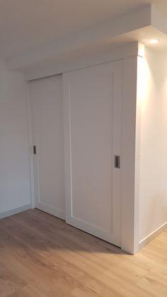 2 Rimo schuifdeuren op maat voor links trappen kast en rechts trap naar boven.