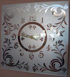 "Wall clock ""Twist & Shine"" - sandblasted mirror from Glassbrand by DaWanda.com"