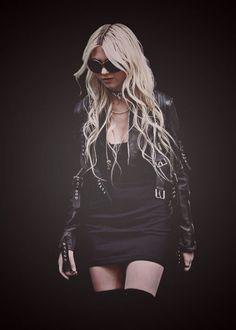 ☮ Taylor Momsen ☮