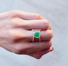 Petite Triangle Double Band Emerald ring – Luna Skye