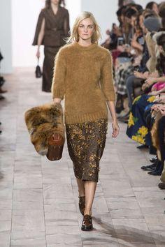 Fashion week : Michael Kors en grand manteau et fourrure pour un hiver confortable - Actualité : Défilés (#465828)