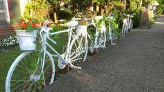 Cool bicycle fence we saw in Lambertville...got to find old broken bikes now!!!