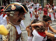 El kiliki de Napoleón castigando a los niños en las Fiestas de San Fermín