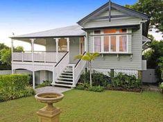 78 Wynnum Road, Norman Park Queenslander House, Brisbane River, Balcony Deck, 2 Bedroom House, Timber Flooring, Valances, Property For Rent, Open Plan Living, Traditional House