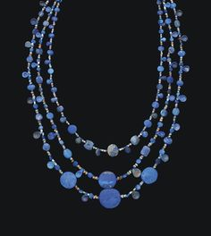 A BACTRIAN LAPIS LAZULI BEAD NECKLACE CIRCA LATE 3RD-EARLY 2ND MILLENNIUM B.C. | Christie's