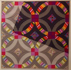 Double Wedding Ring quilt by Meg Cowey | NYC Metro MOD Quilters