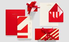 Visual identity and stationery for El Postre designed by Anagrama.