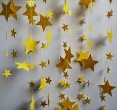 Paper Garland Yellow Stars 18 Feet Long by polkadotshop on Etsy Mais Wonder Woman Birthday, Wonder Woman Party, Birthday Woman, Jasmin Party, Princess Jasmine Party, Magie Party, Little Prince Party, Prince Birthday, Star Garland