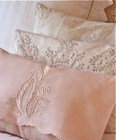 Gorgeous pillow shams ღི♥ྀღ ♥ⓛⓞⓥⓔ♥╭ღ╯╰დ╮╭დ╯¸.♥´'*°♪