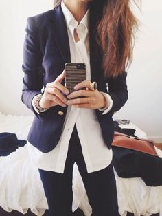 Casual chic, work style —> navy blazer, white buttoned-down + dark jeans (that statement ring is also pretty fab)