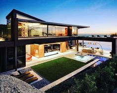 This is where I want to live. #dreamhome #luxuryhomes #sunset #backyard #houses #lifestyle