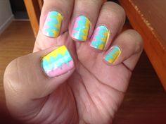 Pastel swish nails