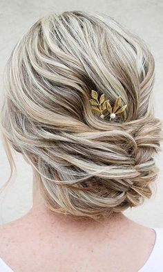 24 Short Wedding Hairstyle Ideas So Good Youd Want To Cut Your Hair ❤ See more: http://www.weddingforward.com/wedding-hairstyle-ideas-for-short-hair/: