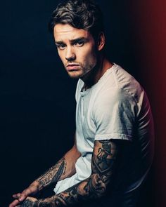 Liam is so sexy... Love him