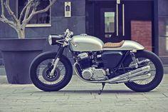 1969 Honda CB750 Four Cafe Racer by Adonis Syrimis | Moto Verso | Moto Verso