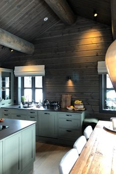 Cabin Kitchens, Yellow Interior, Cabin Interiors, Cottage Design, Green Kitchen, Kitchen Cabinets, Wood, Table, House