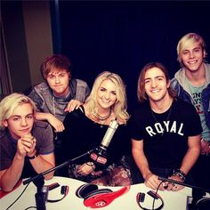 R5 Taking Over Radio Disney's Twitter November 19, 2014