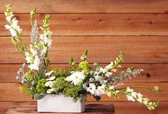 Bella Flora is a charming local florist celebrating 17 years in Duluth, Minnesota. Same-day flower delivery. Floral Centerpieces, Floral Arrangements, Flower Arrangement, Shape Design, Wedding Planning, Wedding Ideas, My Flower, Beautiful Flowers, Floral Design