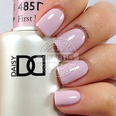 NEW FORMULA! Daisy Gel Polish First Impression 1485. Light fuchsia pink creme. Size 0.5 oz/15ml. Free matching nail polish. FREE US standard shipping for order $99+.