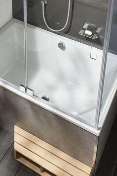 Une petite baignoire douche Tub Shower Combo, Shower Tub, Narrow Bathroom, House Extensions, Sweet Home, Bathtub, Interior, Home Decor, Holland
