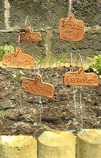 Etiquettes de jardin en argile (tuto)