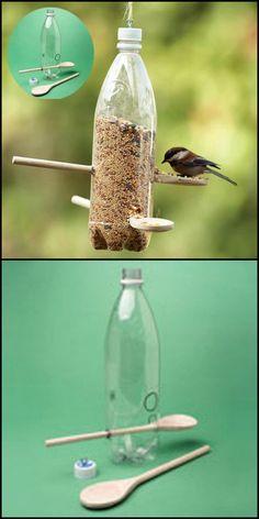 Bird Crafts, Garden Crafts, Garden Projects, Bird Feeder Craft, Bird House Feeder, Bird Seed Ornaments, Homemade Bird Feeders, What Is A Bird, Bird Houses Diy