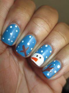 20 Inspirational Christmas Nail Art Designs