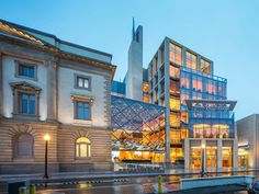 Slover Library, Norfolk, Virginia. Designed by Newman Architects. New 7 story glass walled addition. 2015 AIA/ALA Library Building Awards. EA.