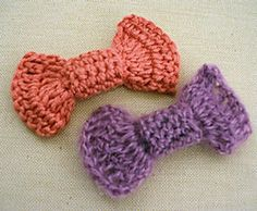 Ravelry: Pin Up Girl Bow pattern by Heather Pierce