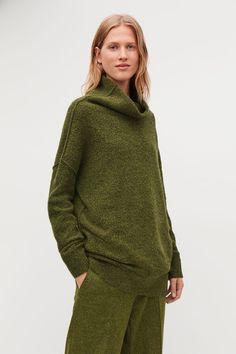 Model side image of Cos bobble-stitch oversized jumper in green Cos Tops, Oversized Jumper, Bobble Stitch, Sweater Weather, Cowl Neck, Wool Blend, Knitwear, Women Wear, Turtle Neck