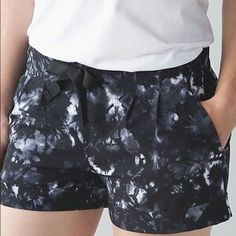 "Lululemon spring breakaway shorts ii, sz 10, dust dye white black (DDWB/ BLACK), $58, on WMTM for $29!!  3"" inseam.  https://shop.lululemon.com/p/women-shorts/Spring-Break-Away-Short-II-MD/_/prod8250093?rcnt=52&N=1z13zi2Z7vf&cnt=96&color=LW7FFPS_024722"
