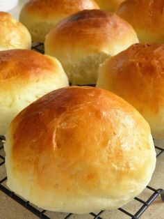 My Favorite Food, Favorite Recipes, Middle East Food, Bread Dough Recipe, Polish Recipes, Bread Rolls, Good Food, Food And Drink, Cooking