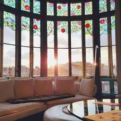 The sun setting on another week... #elpalauetlivingbarcelona #luxury #boutiquehotel #travel #sunset #Barcelona #interiors #design